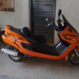 Motocicleta Yamaha - Vand yamaha majesty