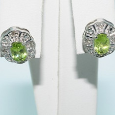 Superbi cercei aur alb 14K peridot si diamante naturale f ieftini