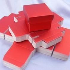 Cutii cub (cu capac) - marturii nunta/ botez - lichidare stoc/ pret mic