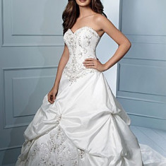 Vand rochie mireasa din tafta natural cu cristale swarovski - Rochie de mireasa printesa
