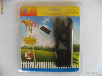 Aparat Dog Chaser anti-caini dispozitiv cu ultrasunete pentru alungat sau dresat cainii foto