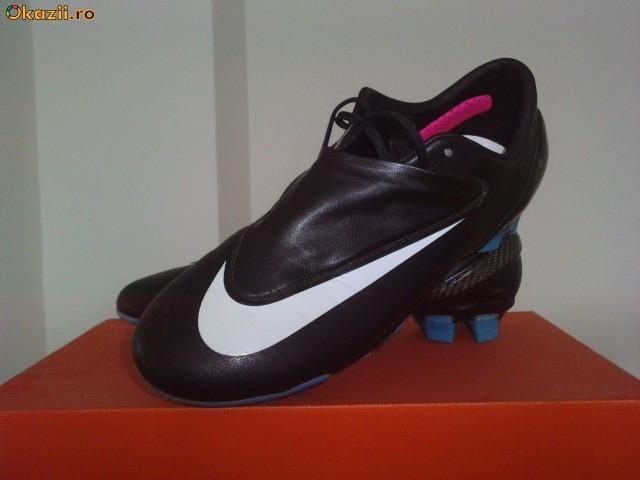 Nike Mercurial Vapor 4  Ghete De Fotbal Profesionale  Foto Mare