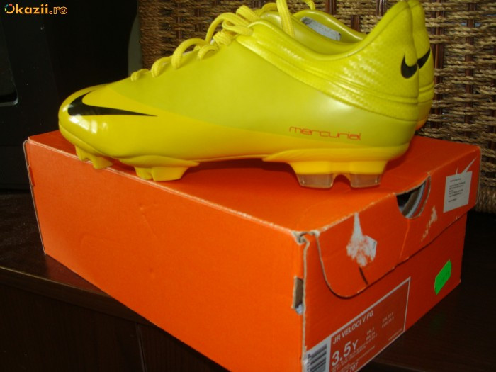 Ghete Fotbal Mar 35 5 Nike Mercurial  Superbe  Purtate 0 Data Foto