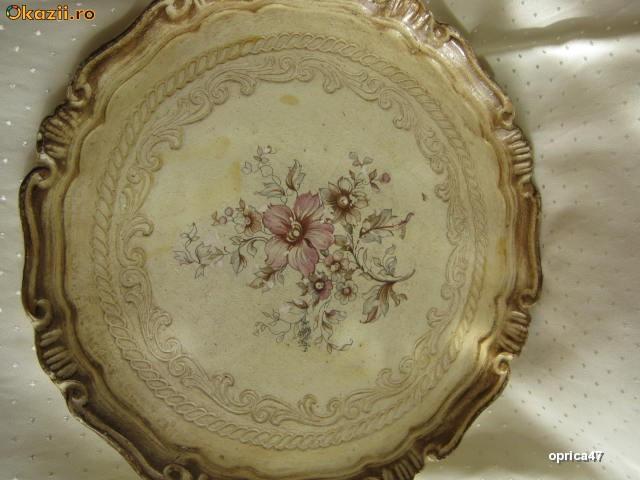 Tava veche din lemn din timpul imperiului otoman foto mare