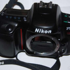 Vand Nikon F50, F 50 Body Only, pe film, Fara Obiectiv numai 200 ron - Aparat Foto cu Film Nikon