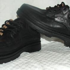Pantofi CLARKS ACTIVE AIR - Pantofi barbati, Culoare: Negru, Marime: 43, Negru