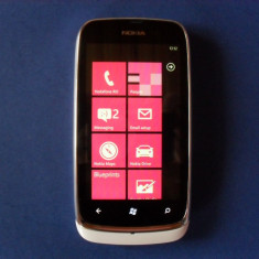 Telefon mobil Nokia Lumia 610, Alb, Neblocat - Vand NOKIA 610 LUMIA !!!