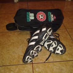 Ghete fotbal Adidas, Marime: 44, Negru, Barbati