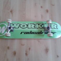 Skateboard worker nou 200 lei