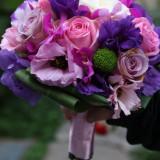 Decoratiuni nunta - Buchet de mireasa din trandafiri, lisiandrus, orhidee roz, mov, lila