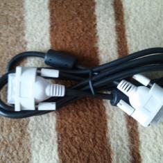 Cablu PC - Cablu DVI NOU NOUT nefolosit pt. conectare monitor TV LCD Plasma