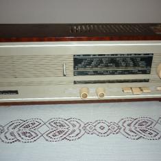 Aparat radio - Aparat de radio (pe lampi) CARMEN 4