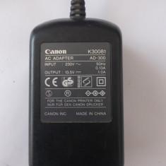 INCARCATOR CANON, 13, 5 -1 A, MODEL AD - 300 - Incarcator Camera Video