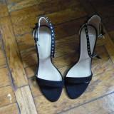 Sandale dama Zara, Marime: 38, Negru - Sandale Zara, negre cu tinte, niciodata purtate (noi)
