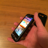HTC Desire (fara defect)+ Husa Silicon 380 RON(negociabil)