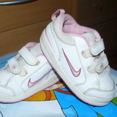 Adidasi copii Nike, Fete, Marime: 25.5, Alb - Adidasi Nike nr.25