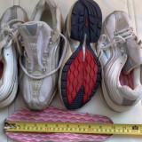 Adidasi nike panza alb cu argintiu nr 38 39 Pret 60lei - Adidasi barbati