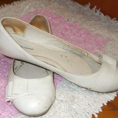 Balerini albi cu fundita Bellissima UK 6 EUR 39 - Balerini dama