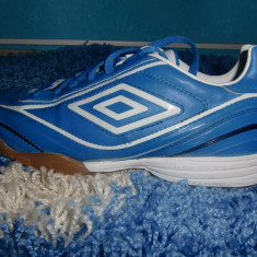 Vand adidasi umbo originali barbati nr. 40 - Adidasi barbati Umbro, Culoare: Albastru, Albastru