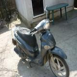 Vand scuter kymco people 150cc