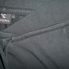 Pantaloni trening Diadora; marime britanica 12: 72-82 cm talie, 103 cm lungime - Pantaloni dama Diadora, Marime: Alta, Culoare: Negru