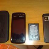 Vand Nokia 5800 ExpressMusic, arata 9.5/10, functioneaza 10/10 - Telefon Nokia, Rosu, 32GB, Neblocat, Fara procesor, 128 MB