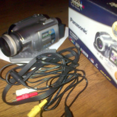 Panasonic GS320, 3CCD camere digital - Camera Video Panasonic, Mini DV, 2 - 3