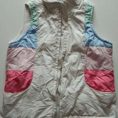 Vesta dama - Vesta pentru fete, varsta 8-10 ani, marimea S, marca Gap, dublata pe interior cu polar