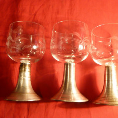 3 Pahare semicristal cu picior metal argintat
