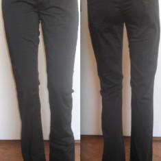 Pantaloni Guess Dama - Pantaloni dama Guess, Culoare: Negru