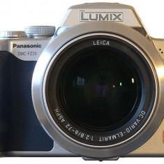 Camera Foto Panasonic DMC-FZ20 - Aparat Foto compact Panasonic, Bridge, 5 Mpx, 12x, Sub 2.4 inch