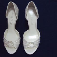 Pantofi dama Aldo, Marime: 37, Alb - PANTOFI ELEGANTI ALDO