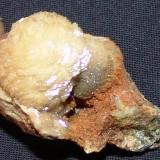 Fosila roca - OU DE CALCIT PE SIDERIT