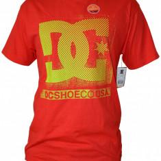 Tricou DC ADYZT00051 100% Original, adus din USA - Tricou barbati Dc Shoes, Marime: L, Culoare: Rosu, Maneca scurta, Bumbac