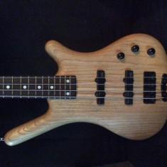 Chitara bass Warwick de la inceputul anilor 90