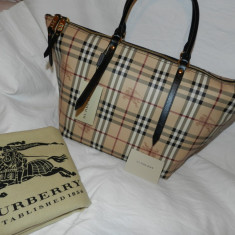 Geanta burberry autentica - Geanta Dama Burberry, Culoare: Din imagine, Marime: Mare, Geanta de umar, Din imagine, Piele