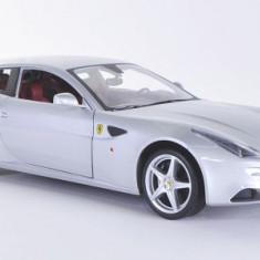 1067.Macheta Ferrari FF Silver - HOT WHEELS scara 1:18 - Macheta auto