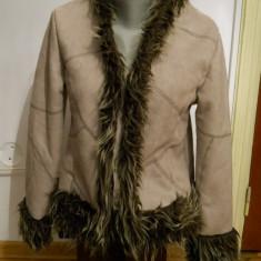 Palton dama - Palton /cojocel dama crem cu blanita -marimea S