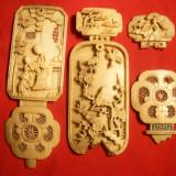 4 Piese sculptate manual in fildes China ,probabil sec.XVII-XVIII