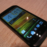 Vand HTC Desire X in stare foarte buna - Telefon mobil HTC Desire X, Negru, Orange