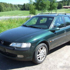 Dezmembrez Opel Vectra B caravan an 1998 motor 2000 turbo diesel. - Dezmembrari Opel
