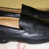 Pantofi barbati marca Clarks piele marimea 10 1/2( echivalent 46 european) locatie raft ( 34 / 3 4 )