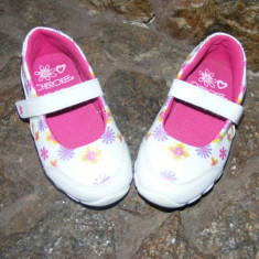 Sandale copii - REDUCERE Opincute/Pantofiori Cherokee, 24-7UK