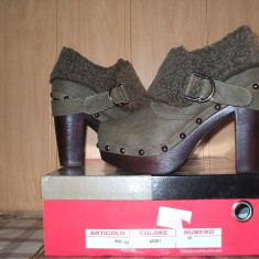 Botine MERAVIGLIOSA cu tinte model nou 2014 - Pantofi dama, Marime: 40