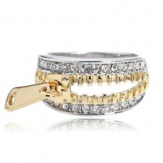 Inel ARINNA Fashion 2014 Cu SWAROVSKI SI CRYSTAL Placat cu Aur De 18K Avand Forma unui fermoar - Inel placate cu aur