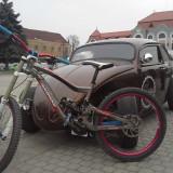 Mountain Bike, 16 inch, 26 inch, Numar viteze: 9, Aluminiu, Gri metalizat - Vand bicicleta de downhill NukeProof Scalp