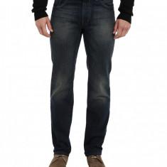 Blugi barbati 99 DKNY Jeans Bleecker Jean in Gypsum Wash   100% original   Livrare cca 10 zile lucratoare   Aducem pe comanda orice produs din SUA