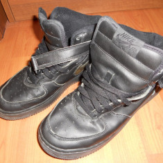 Adidasi barbati - Adidasi / Ghete NIKE. Marimea 38, 5. Model Vintage, vechi (Basket, Basketball, Baschet, Hip-Hop, Rap, Skate, Bmx)