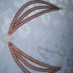 Superba Curea de brau decorativa pentru dama din piele, tinte din metal si alama.