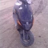 vand scuter peugeot